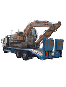 Lorry Loaded With 13 Ton Excavator